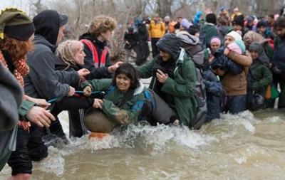 Македония вернула в Грецию сотни беженцев