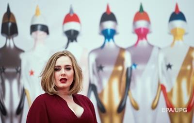 Адель станет хедлайнером фестиваля Гластонбери