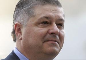 НГ: Вашингтон готовит удар по Киеву