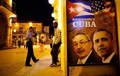 Обама прибыл с историческим визитом на Кубу