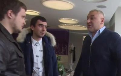 Адвокат Савченко обматерил пранкеров