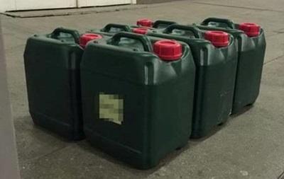 СБУ пресекла ввоз ядовитых веществ на три миллиона