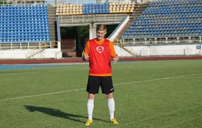 Футболисту, сыгравшему за  сборную ЛНР , разрешили выступать в Украине