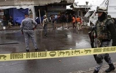 В Багдаде смертник убил 25 человек