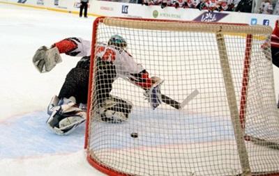 Хоккей: Донбасс увеличивает отрыв от Дженералз