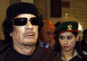 Войска Каддафи начали атаковать позиции повстанцев