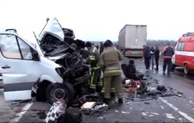 Появилось видео с места жуткой аварии под Полтавой