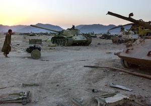 Афганистан приводит войска в состояние полной боевой готовности после выдвижения к границе пакистанских военных