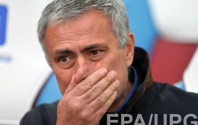 Валенсия собирается пригласить Моуринью на пост тренера