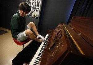 Безрукий пианист победил в шоу Китай ищет таланты