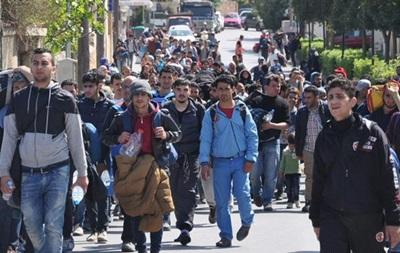В Грецию за сутки прибыли более 500 беженцев