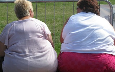 Вчені: Людей з ожирінням більше, ніж з недостатньою вагою