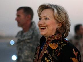 Клинтон будет присутствовать на церемонии инаугурации Карзая
