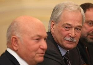 Грызлов, Лужков и Крутой поздравили Януковича с  заслуженной победой