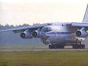 СМИ: Самолет Путина врезался в столб в польском аэропорту