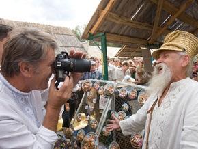 Фотогалерея: Ющенко показал себя украинцем
