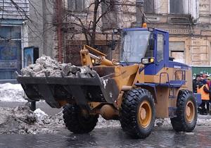 Киевавтодор задействовал всю технику для очистки улиц от снега