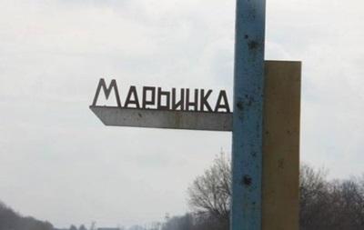 Марьинку вновь обстреляли: ранен мирный житель