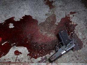 В подмосковной электричке неизвестный застрелил милиционеров