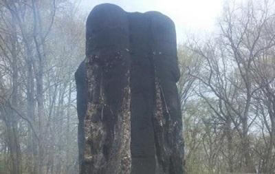В Киеве сожгли статую Перуна