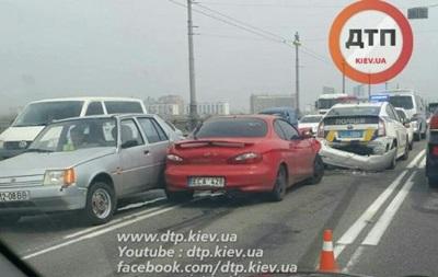 Полиция попала в ДТП в Киеве: возникла пробка