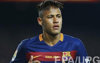 Барселона гарантировала Неймару почти 46 млн евро за 5 лет - источник