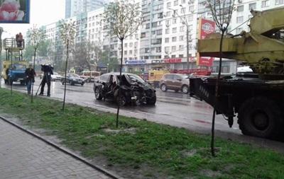 При аварии на проспекте Победы в Киеве пострадали три человека