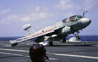 США разместят в Турции палубные самолеты
