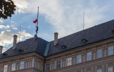 Чеська влада хоче спростити назву країни до Чехія