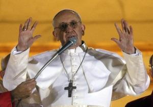 Папа Франциск: церковь может стать  сострадательной НПО