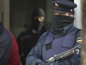 Испанский полицейский инсценировал собственное ранение в стычке с террористами