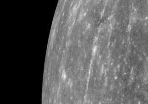 Мессенджер  обнаружил новые признаки льда на Меркурии
