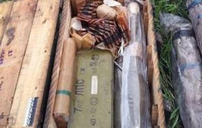 У Днепропетровска нашли тайник с гранатометами