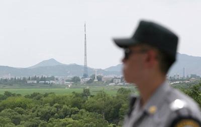 КНДР разместила 300 систем залпового огня у Южной Кореи
