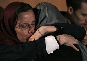 Иранские власти готовы освободить американку под залог в полмиллиона долларов