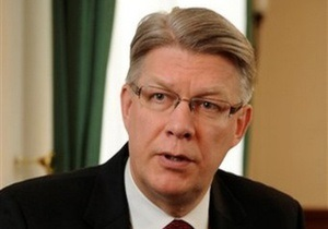 Президент Латвии считает шествие бывших легионеров СС проявлением демократии