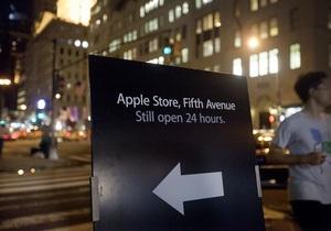 Сегодня Apple на час закроет свои магазины для почтения памяти Стива Джобса