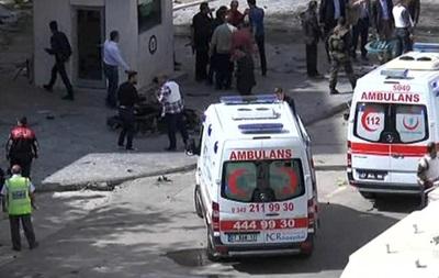 В Турции прогремел взрыв возле отделения полиции