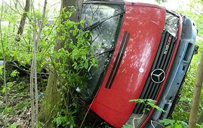 На Тернопольщине в ДТП попал автобус с подростками, есть жертвы