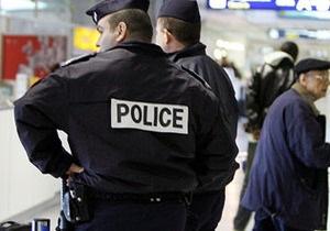 Во Франции выясняют, почему 11 человек выпрыгнули из окна: главу семьи могли принять за дьявола