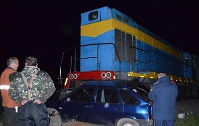 На Волыни  девятка  попала под поезд