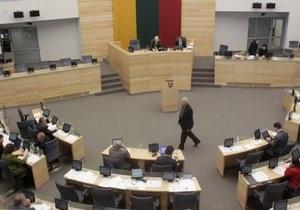 На выборах в парламент Литвы лидирует оппозиция