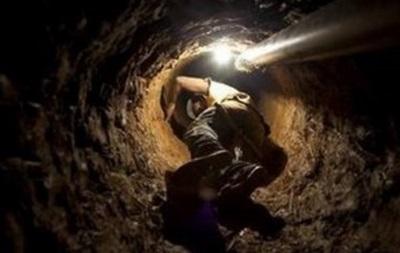 Заблокованих на шахті Північна гірників врятували
