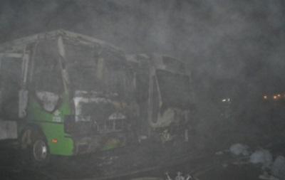 Пожар в автопарке Одессы: сгорели 10 автобусов