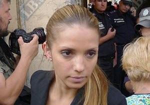 Дочь Тимошенко просит освободить ее мать из-под ареста