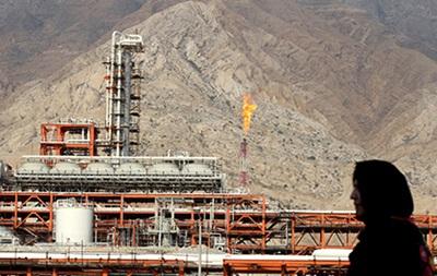 Добыча нефти ОПЕК достигла максимума за восемь лет