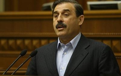 Порошенко призывают ввести институт выборности губернаторов