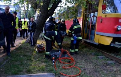 В Одессе трамвай наехал на подростка