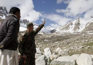Афганские власти не могут найти упавший в горах Ан-24
