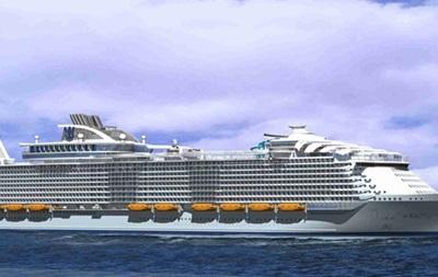 Розкіш і розміри: найбільший лайнер йде у круїз